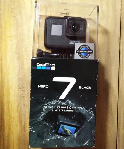 (usado) Câmera Gopro Hero 7 Black + Acessórios