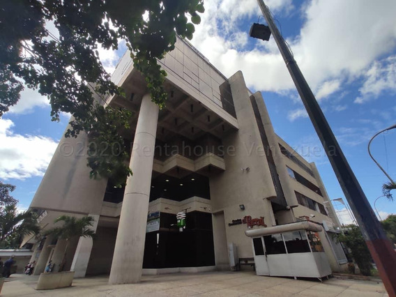 Oficina En Alquiler Este Barquisimeto 21-6130 Jcg