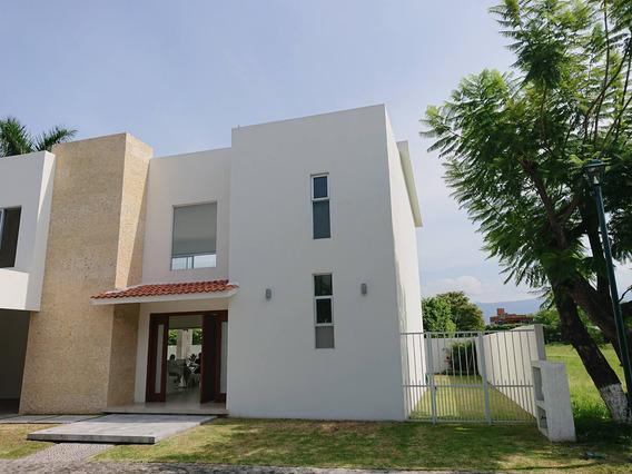 Se Vende Residencia Moderna, Muy Amplia Y Luminosa Con Estricta Seguridad, Canchas Y Lago En Kloster Sumiya
