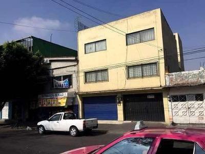 Casa Con Local Comercial El Planta Baja