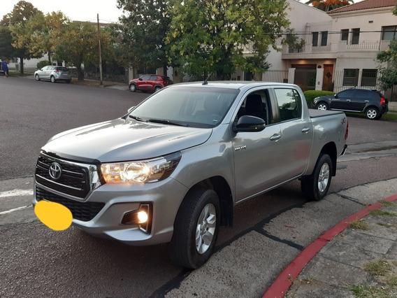 Toyota Hilux 2.8 Cd Sr 177cv 4x4 2018 ¡reservada!