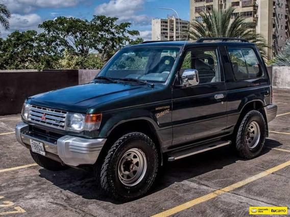 Mitsubishi Montero Dakar - Sincronica