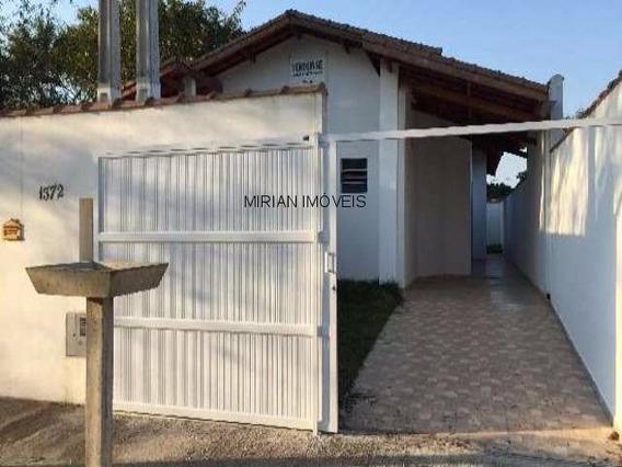 Casa A Venda Jardim Somar, Peruibe 2 Dormitórios Sendo 1 Suíte ,cozinha Wc,lavanderia E Garagem A 2 Km Do Mar 67,00 Construída, 125,00 Total Venha Conhecer Com Os Corretores Da - Ca00853 - 4312712
