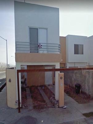 Hermosa Casa En Remate