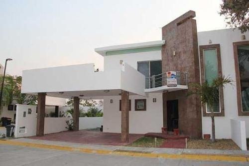 Casa En Venta En Ciudad Del Carmen Canterias