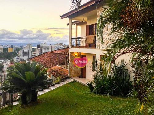 Imagem 1 de 30 de Sobrado Com 300m2 De Área Construída, Vista Para O Mar Em Florianópolis - Sc - Ca0054_feelin
