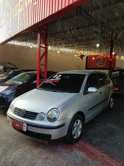 Volkswagen Polo Hatch. 1.0 16v 2003