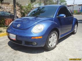 Volkswagen New Beetle .