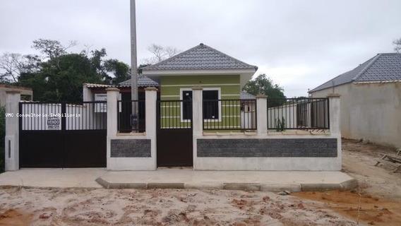 Casa Para Venda Em Saquarema, Ipitangas, 2 Dormitórios, 1 Banheiro, 1 Vaga - Iv0135