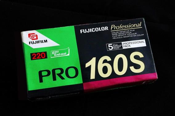 Filme Fujicolor Pro 160s - Formato 220 - 14 Unid- Venc. 2007