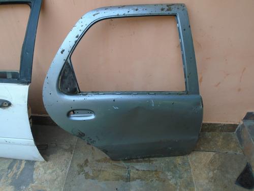 Vendo Puerta Trasera Derecha De Fiat Siena Año 2009