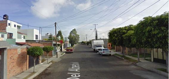 Excelente Casa En Remate, Lomas Del Pedregal, Queretaro.