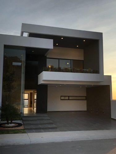 Casa Venta Lomas De Juriquilla Acabados De Lujo