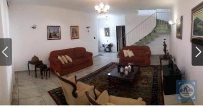 Casa Com 5 Dormitórios À Venda, 307 M² Por R$ 901.000 - Centro - São Vicente/sp - Ca0767