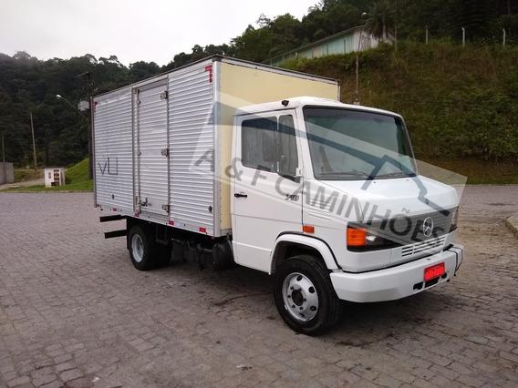 Mb 710 2001 4x2 Baú