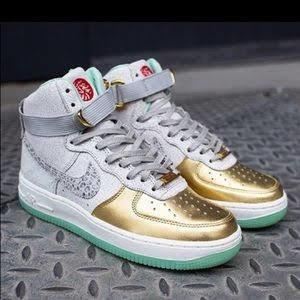 Nike Air Force 1 Hi Yoth Qs