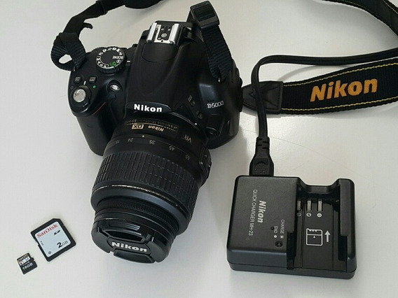 Vendo Nikon D5000 + Lente 18-55