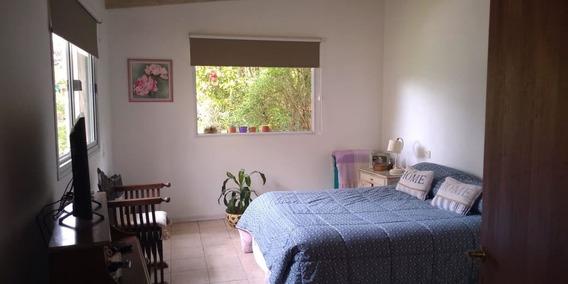 Confortable Casa En Valeria Del Mar. 5 Personas...