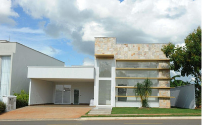 Casa Em Portal Do Sol Golf Green, Goiânia/go De 247m² 4 Quartos À Venda Por R$ 990.000,00 Ou Para Locação R$ 6.000,00/mes - Ca238766lr
