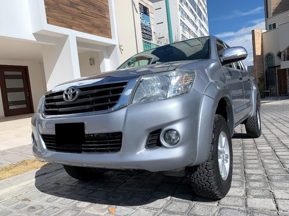 Toyota Hilux Sr 4x2 2015