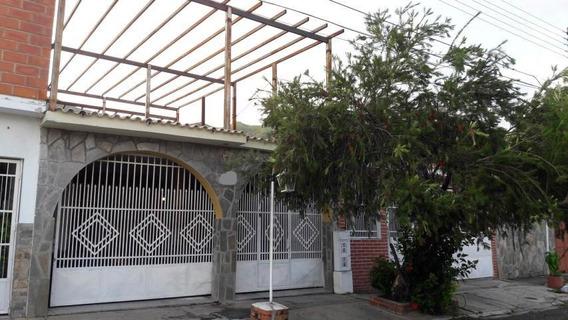 Casa En Venta La Esmeralda San Diego Carabobo 19-16435 Vjm