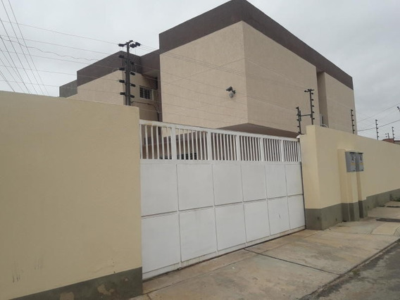Townhouse En La Trinidad