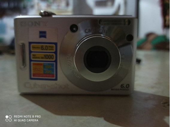 Câmera Sony Cybershot Dsw30