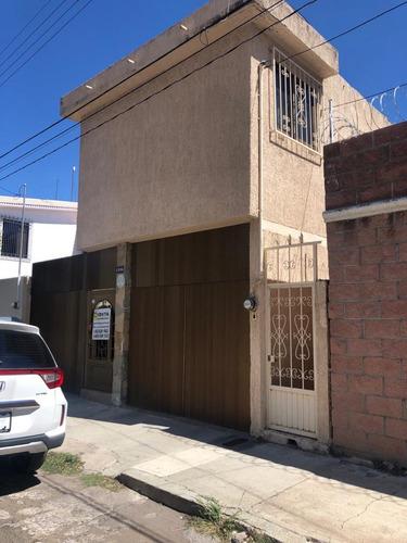 Imagen 1 de 13 de Casa En Venta Irapuato Guanajuato  La Moderna Zona Centro