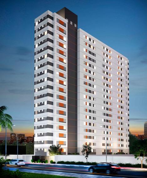 Apartamento À Venda Na Avenida Da Liberdade, Liberdade, São Paulo - Sp - Liv-2960