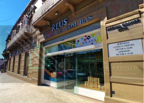 Locales Comerciales En Paseo De Compras Reus