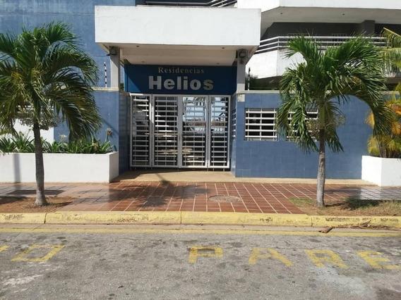 Apartamento En Playa El Angel 138m2 2 Hab 2 Baño 04166953266