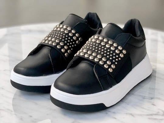 Zapatillas Calzado Sneakers Mujer Tachas 2020