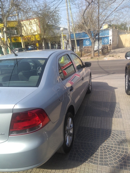 Volkswagen Voyage 1.6 Comfortline Plus I-motion Ab+ll 2012