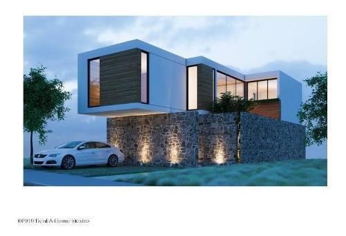 Casa En Venta En Canadas Del Arroyo, Corregidora, Rah-mx-20-422