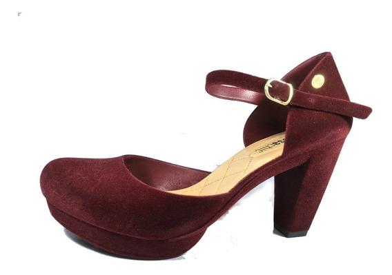 Sapato Meia Pata Flocado Charmosa Salto Preto E Vinho 7,5cm