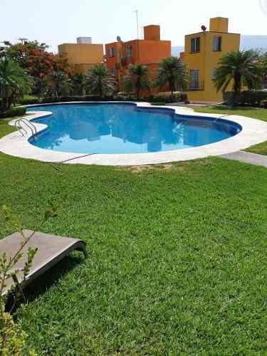 Hermosa Casa Con Alberca Y Jacuzzi En Villas Del Seminario