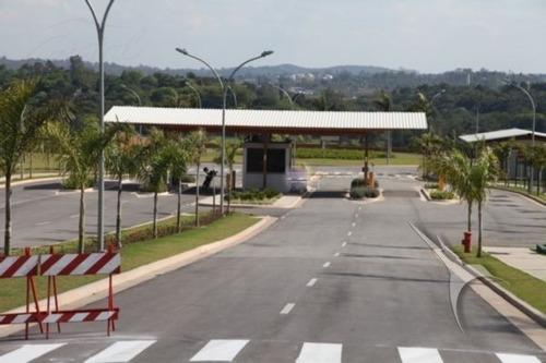 Imagem 1 de 3 de Terreno Para Venda, 581.0 M2, Granja Viana - Carapicuíba - 22988