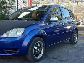 Ford Fiesta Max Sincronico 2007 Perfectas Condiciones