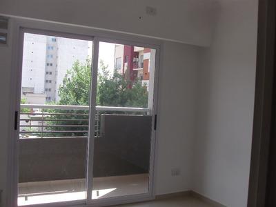 Moron Sur 1 Amb Dividido C/balcon Categoria Cerca Estacion