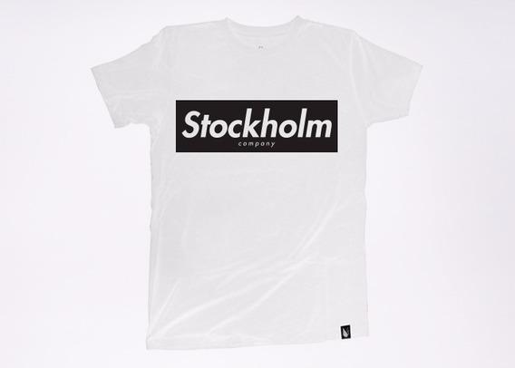 Stockholm Red Playera Unisex
