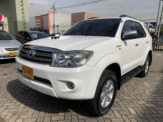 Toyota Fortuner 3.0 Diésel Mecánica