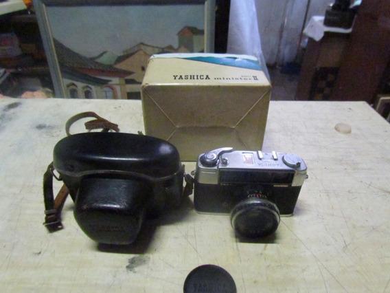 Antiga Camera Fotografica Yashica Minister 2 Com Capa