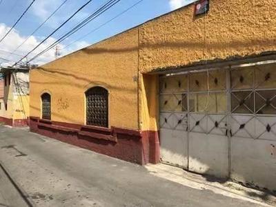 Terreno En Esquina A Espaldas Plaza Loreto
