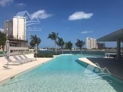Departamento En Renta En Puerto Cancún/zona Hotelera