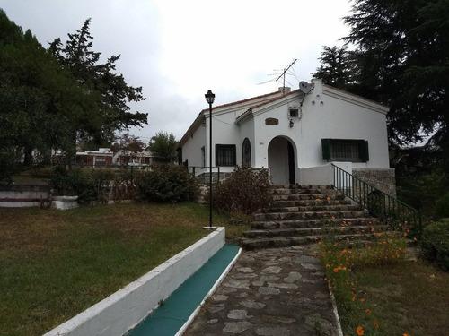 Casas En Venta En La Falda