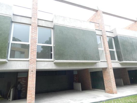 Casa En Venta Mls #17-9760 Parque Oripoto