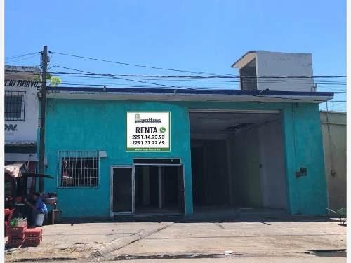 Bodega Comercial En Renta Av. Cuauhtemoc Entre Velazquez De La Cadena Y Carlos Cruz.
