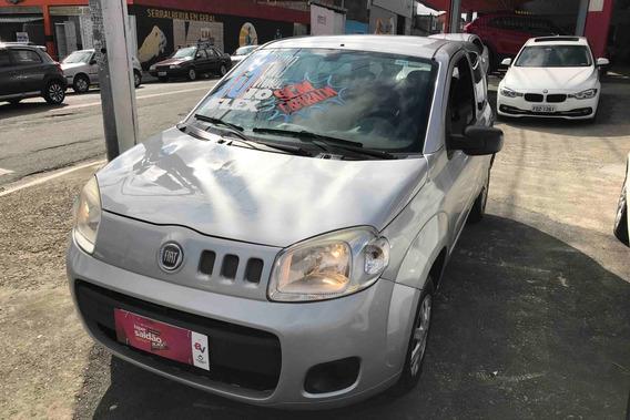 Fiat Uno Vivace 1.0 8v 3p 2013 (flex) (prata)