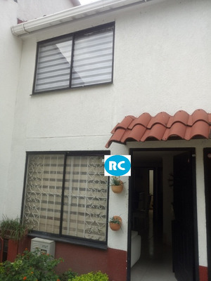 Vendo Casa Av 19, Conjunto Cerrado, Armenia