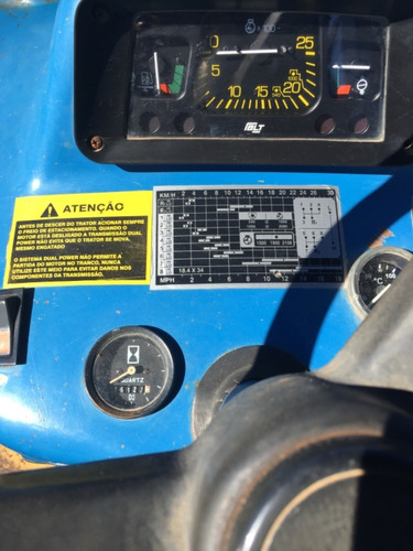 Trator Ford New Holland 7630